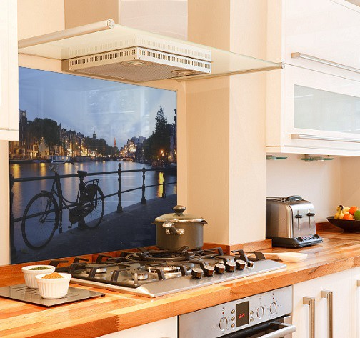 Night in Amsterdam diy kitchen glass splashback
